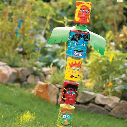 week-end project with kids : can totem pole: Gardens Totems, Recycled Cans, Backyard Games, Summer Parties, Yard Art, Totems Pole, Totem Poles, Kid, Tins Cans Crafts