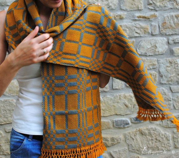 handwoven by Atelier Faggi Italy - #weaving #weaving-techniques #weaving-patterns #handweaving #atelierfaggi