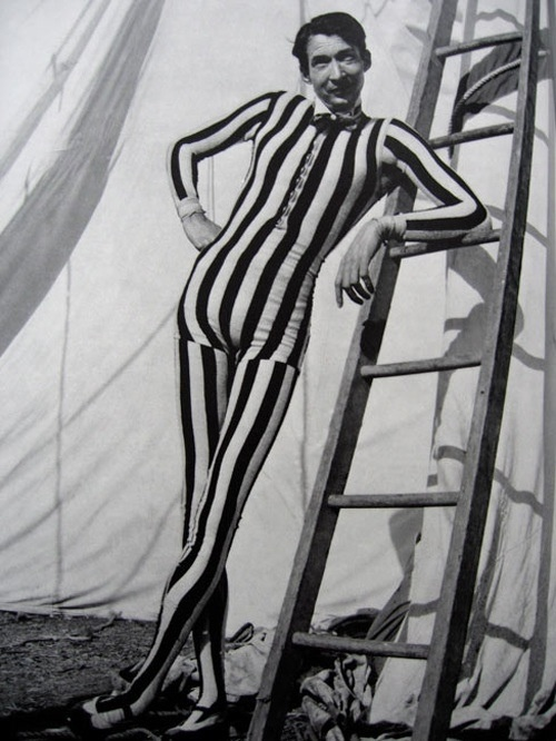 Circus Life: The taste of Petrol and Porcelain | Interior design, Vintage Sets and Unique Pieces www.petrolandporcelain.com 1950s Circus Tall Man, Christian Montone.
