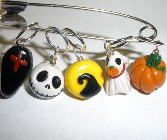 Christmas Stitch Markers | Stitch markers - Nightmare b4 Christmas /for knitting Needles