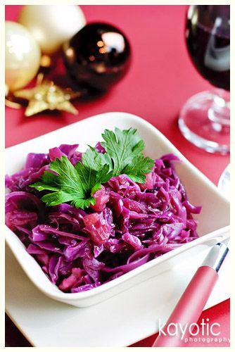 Braised Red Cabbage (with apples)