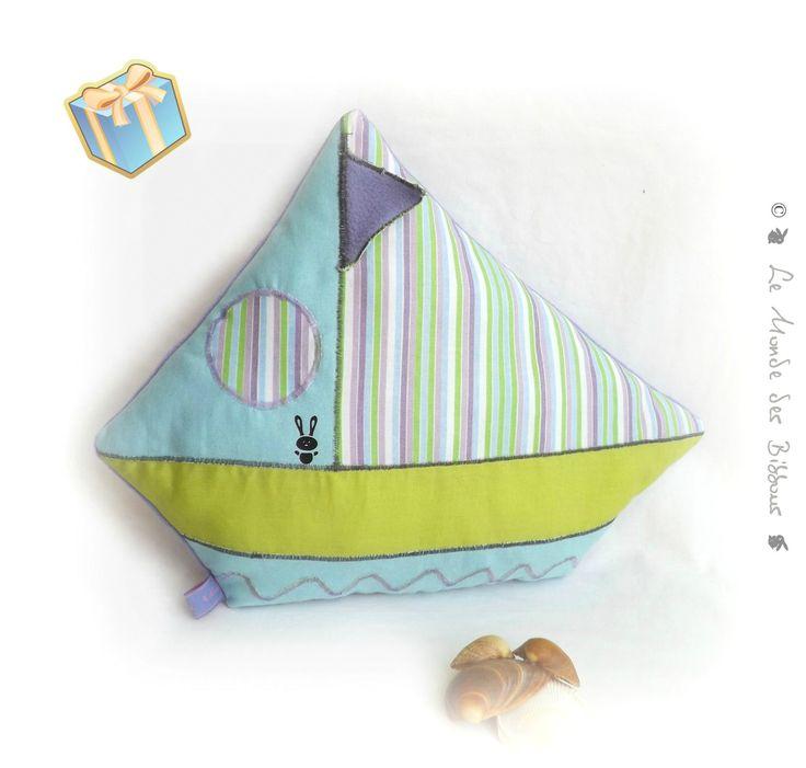 17 best ideas about lit enfant original on pinterest dimension lit b b papiers peints funky. Black Bedroom Furniture Sets. Home Design Ideas