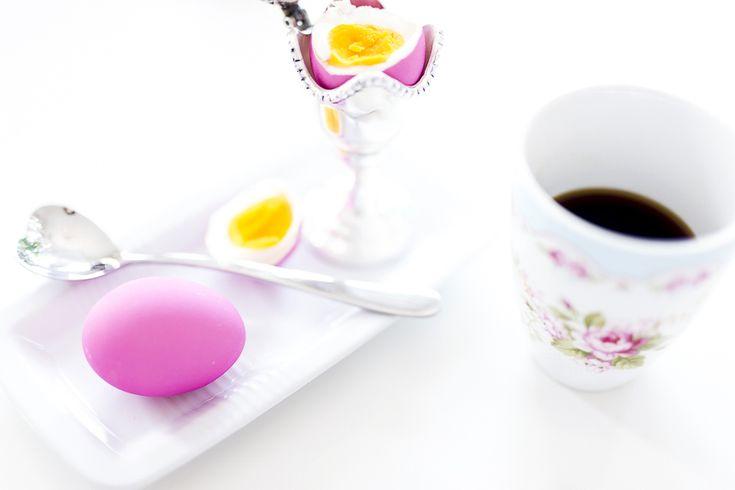 caroline berg eriksen morning glory pre easter påskeegg eatser egg colour pink coffee - 2