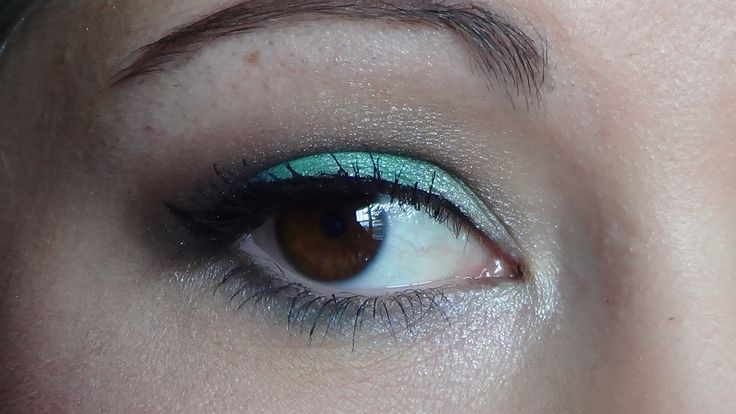 Maybelline color tattoo pure pigment never fade jade