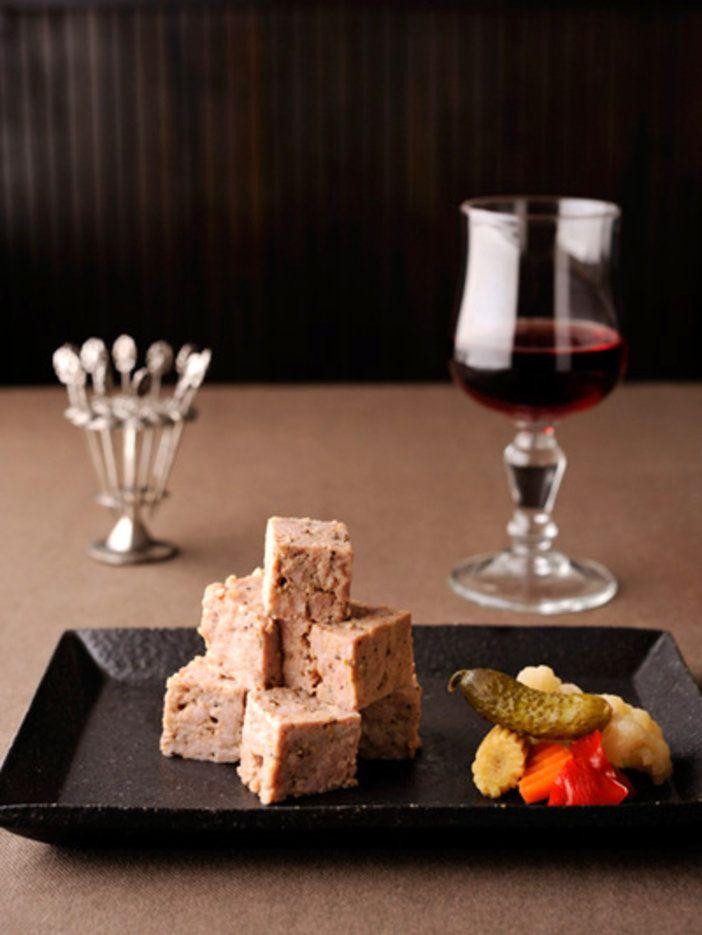 豚肉の旨みにスパイスの香りがそっと寄り添う、芳醇パテ。|『ELLE a table』はおしゃれで簡単なレシピが満載!