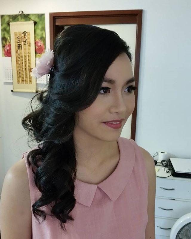Asian bridal makeup, Pre wedding makeup, Bridal Hair, Wedding Hair