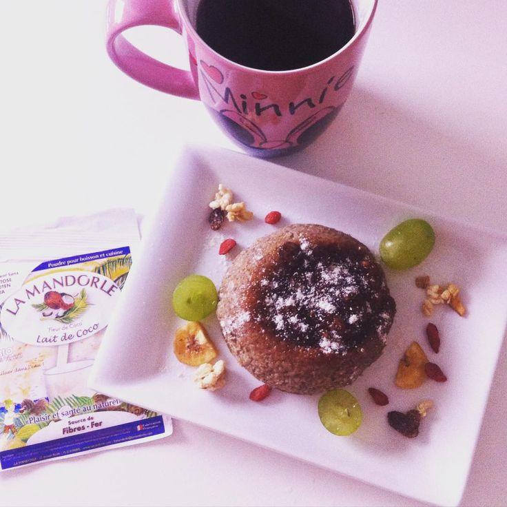 Bowl Cake Exotique La Mandorle #healthy #sain #nutritif #gourmand  Découvrez la recette de ce petit-déjeuner Sain & Gourmand sur notre page Facebook : https://www.facebook.com/LaMandorle?ref=aymt_homepage_panel Crédit photo : Instagram @mel_healty_fitgirl