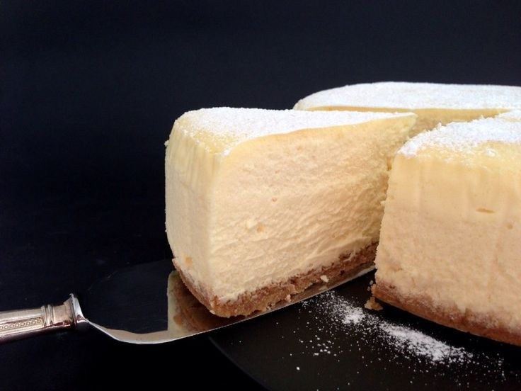 The Lightest Fluffiest Melt-In-Your-Mouthiest New York Style Baked Cheesecake