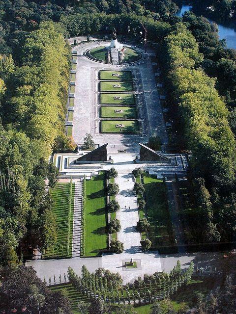 Aerial view of the Soviet War Memorial, Treptower Park, Berlin | Flickr - Photo Sharing!