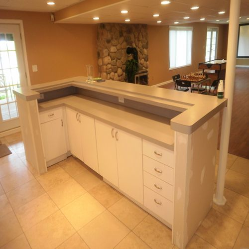 29 Best Small Basement Wet Bar Ideas Images On Pinterest: 40 Best Images About Basement Ideas On Pinterest