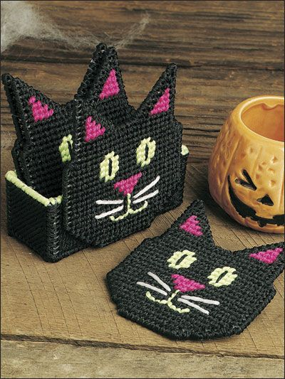 Black Cat Coasters  Technique - Plastic Canvas
