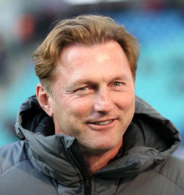 """RB Leipzig beim FC Augsburg. Ralph Hasenhüttl """"Unsere Qualitäten durchdrücken."""" RB Leipzig will weiter in der Erfolgsspur bleiben und als """"Bayern- ..."""