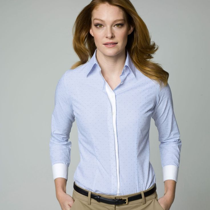 When it comes to choosing the professional clothes for ladies, it is not all about the appropriate styles, but also about materials, colors, detailing and cuts. It is occasion to learn more about the accurate professional clothing options for women now.