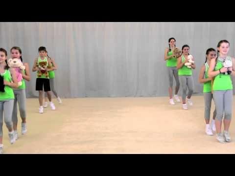 Pohybové skladby pro děti - Krokodýl - YouTube