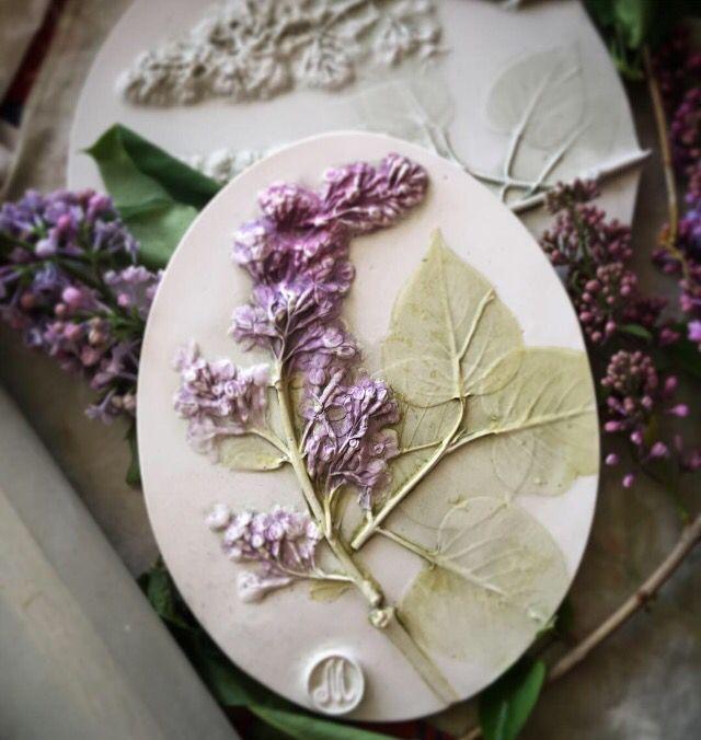 #декор#интерьерный декор#сирень#медальон# plastercast botanicl baz-relief by Marianna Makarova