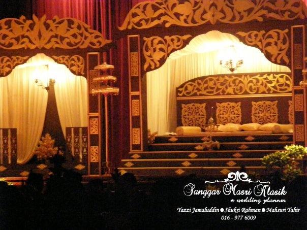 Traditional Pelamin Wedding Set Up Wedding Inspiration Malay Wedding