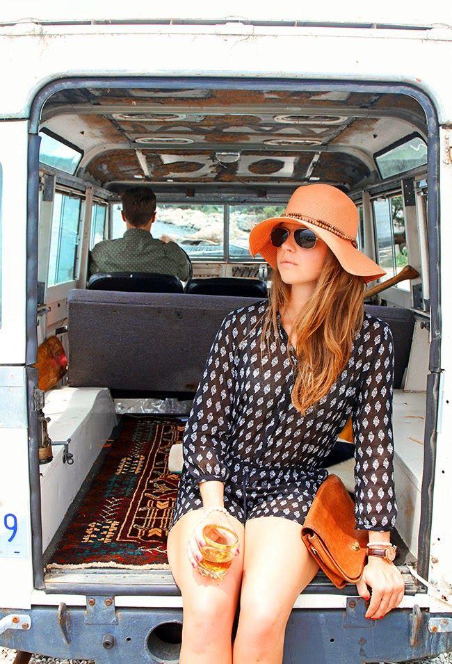 "Nautical Safari - ""Arrival to Camp Cove"""