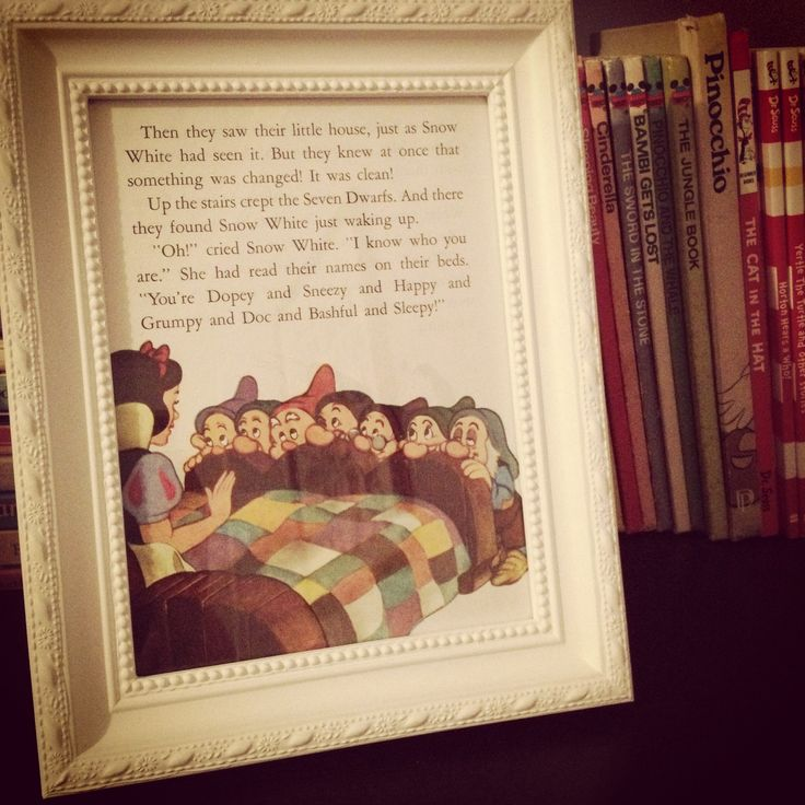 Snow White, book frame idea for my room. Well when I get a bigger room that is ;)