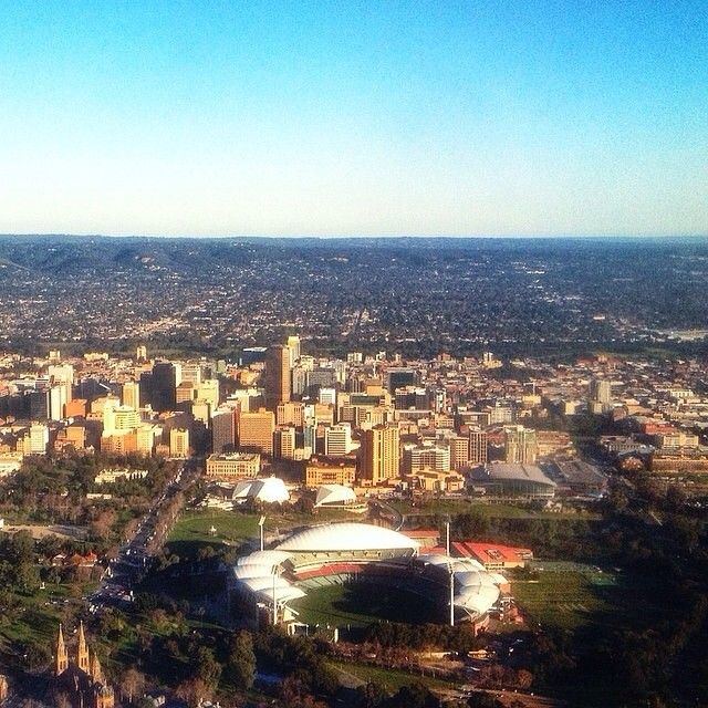 Always a nice view flying into #Adelaide - great photo by @tomgiffoz