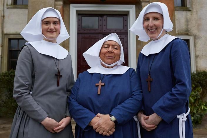 Mother House Residents Sister Frances Ella Bruccoleri Sister Mildred Miriam Margolyes Sister Hilda Fenella P Call The Midwife Midwife Holiday Specials