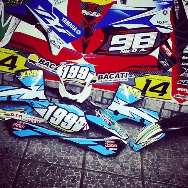 #diseño #vinilo #ploteo #motos #motomel #calcos #stickers #tucuman