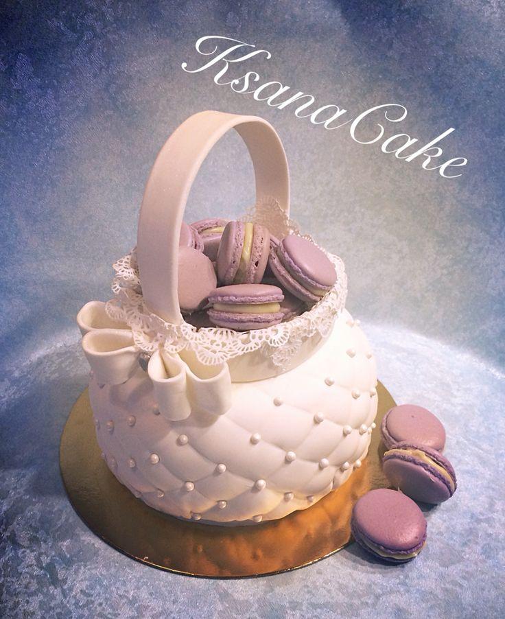 Торт Корзинка и пирожное Макарон