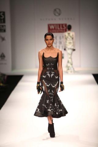 Alpana & Neeraj. WLFW A/W 13'. Indian Couture.