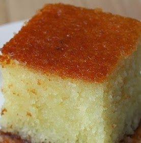 vriskosyntagi: Γιαουρτόπιτα  Υλικά 3 φλιτζάνια τσαγιού κοσκινισμέ...