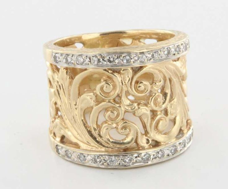 Vintage 14 Karat Yellow Gold Diamond Scrolled Foliate Wide Band Cigar Ring 5.5 $795