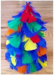 Anikó Dóbiász: Craft feather christmas tree