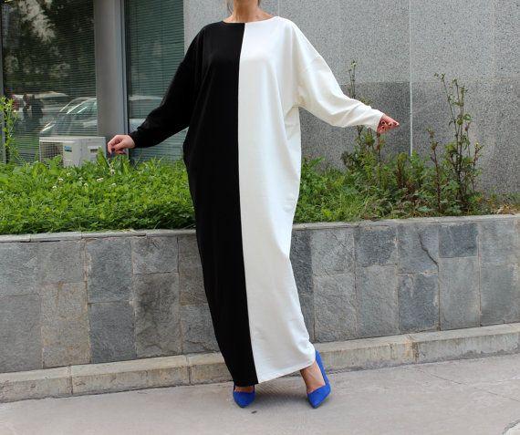 Black and White Caftan dress MAXI dress by cherryblossomsdress