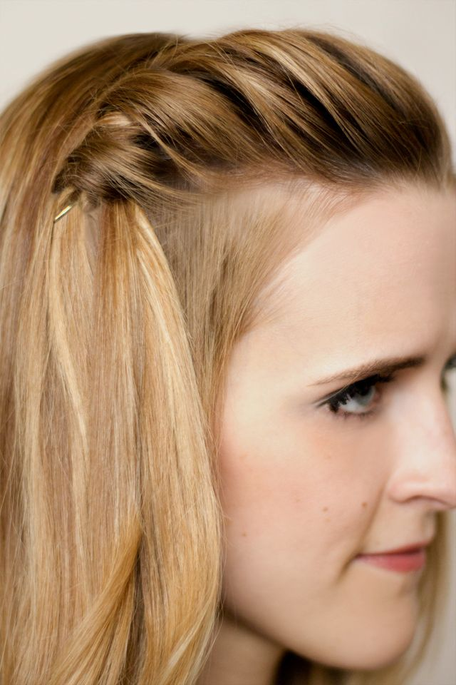 twist braid tutorial. {i've been pulling mine too tight i think.} via hair and makeup by steph.