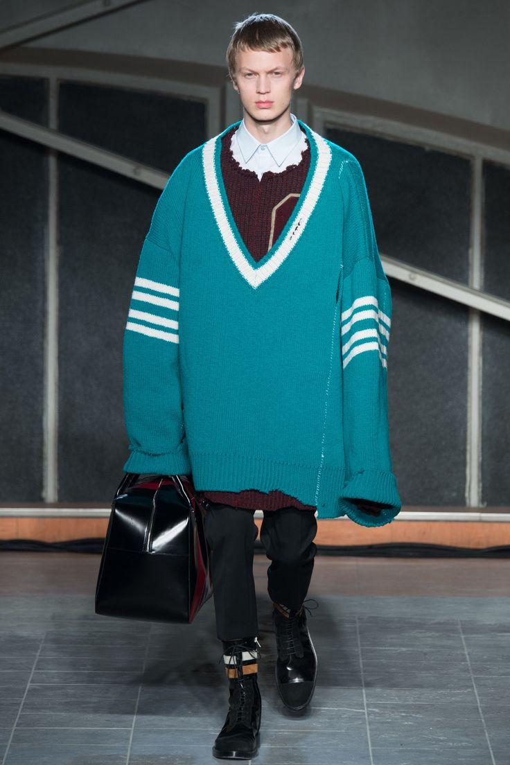 giant sweater fun // Raf Simons Fall 2016 Menswear Fashion Show