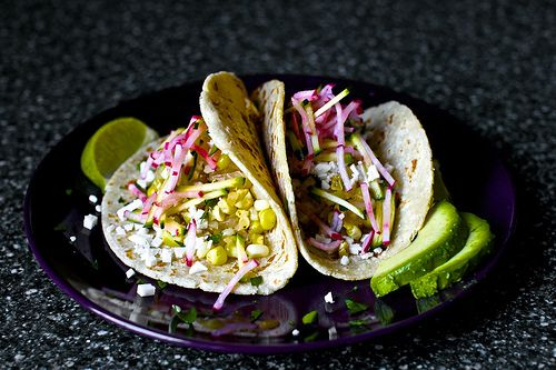 charred corn tacos with zucchini radish slaw and cotija + 4 other delicious meals in this week's meal plan.