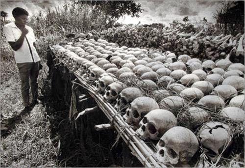 Durante su dictadura murieron cerca de 500 mil personas