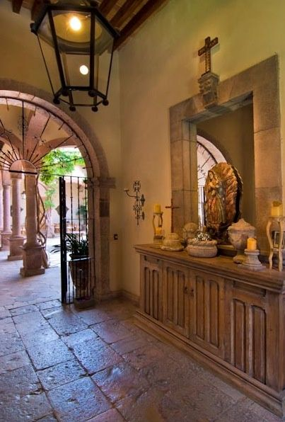 Spanish Hacienda Entry, love the arches and pillars