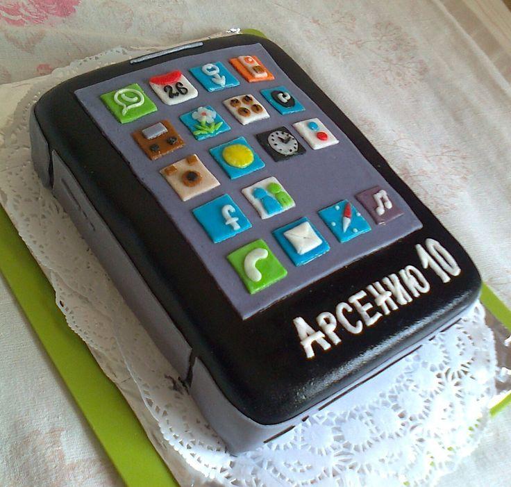 """Торт """"Смартфон. украшен мастикой. Состав: медовик + заварной крем. Вес 3 кг Цена: 3300 руб."""