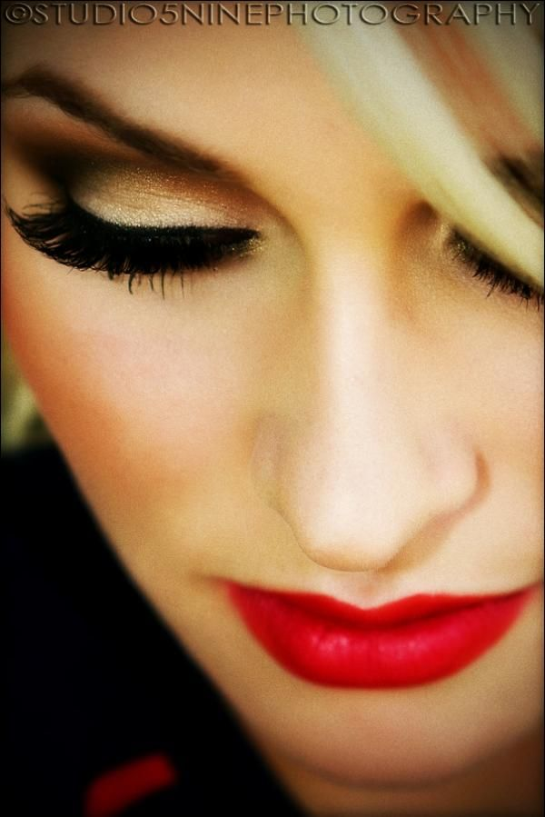 Lashes and red lips