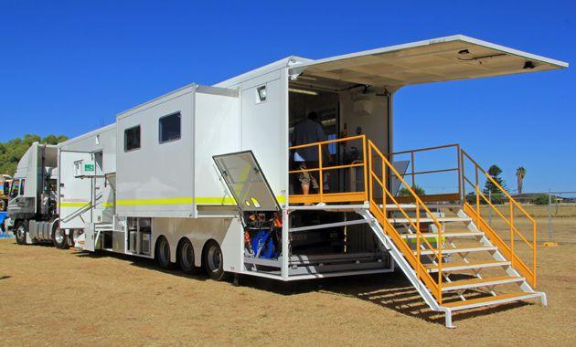536 best images on pinterest semi trucks trucks for Rv workshop