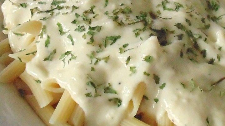 Creamy and rich Alfredo sauce that some may say is better than the famous Italian restaurant chain is quick and easy to make.