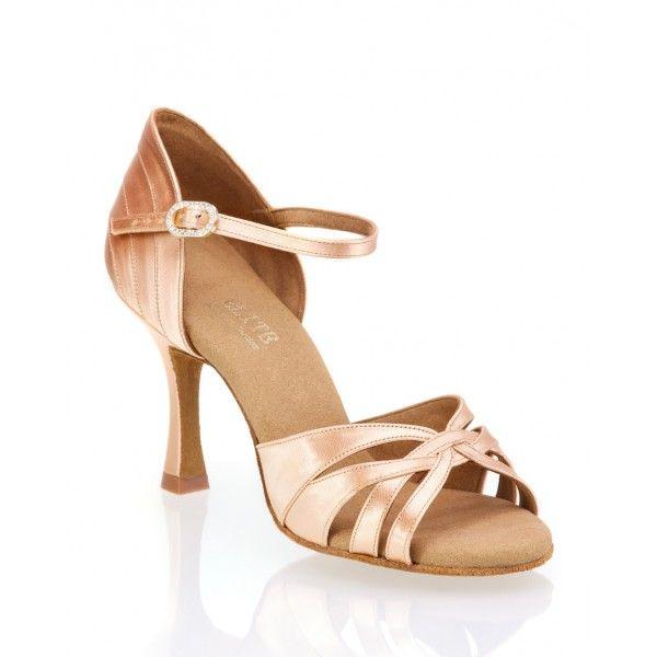 Chaussures de danse de salon nude élégantes