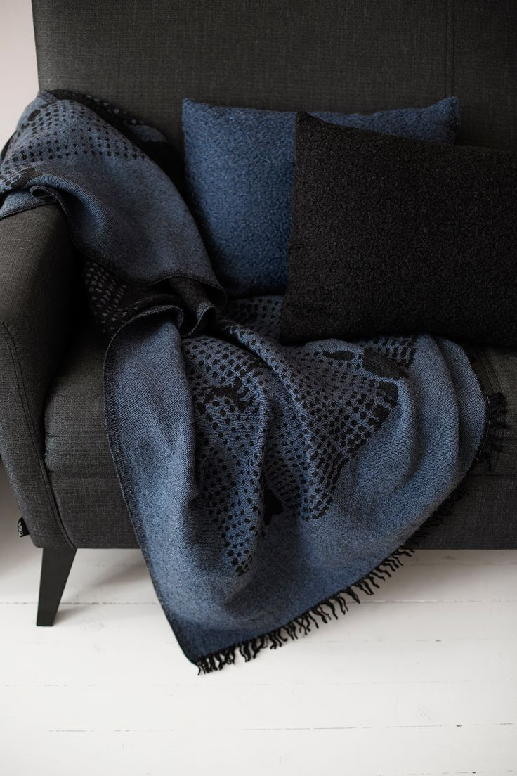 CORONA UNI cushion covers and MESI blanket. 100% wool, woven in Lapua, Finland