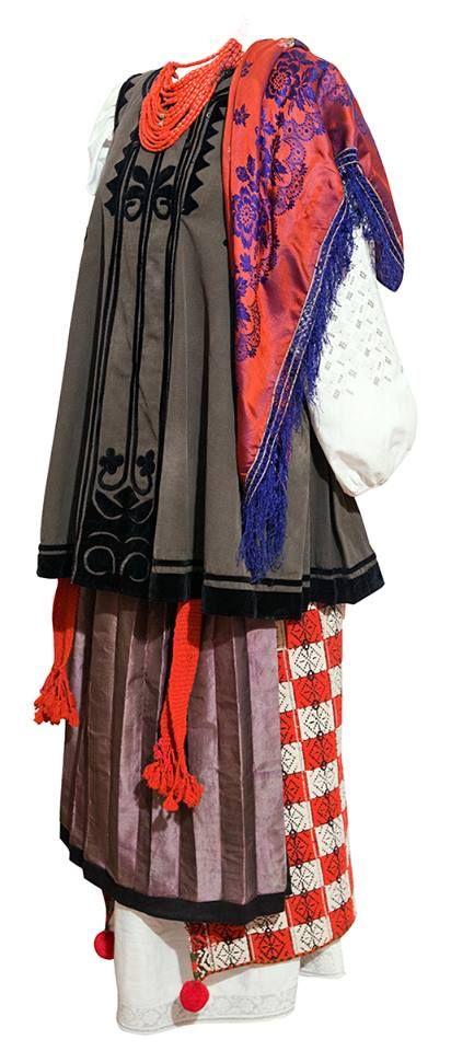 'Ukrainian folk costume, Poltava region. Україна, Полтавщина, Миргородський р-н…