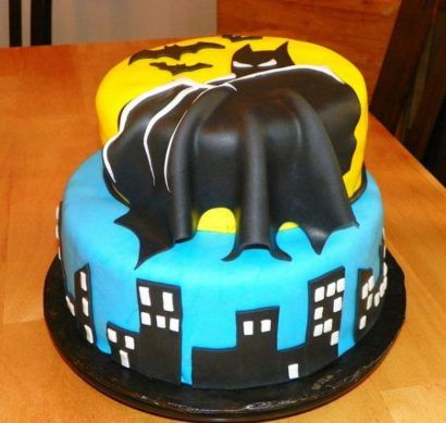 bolo do batman com duas camadas para aniversário