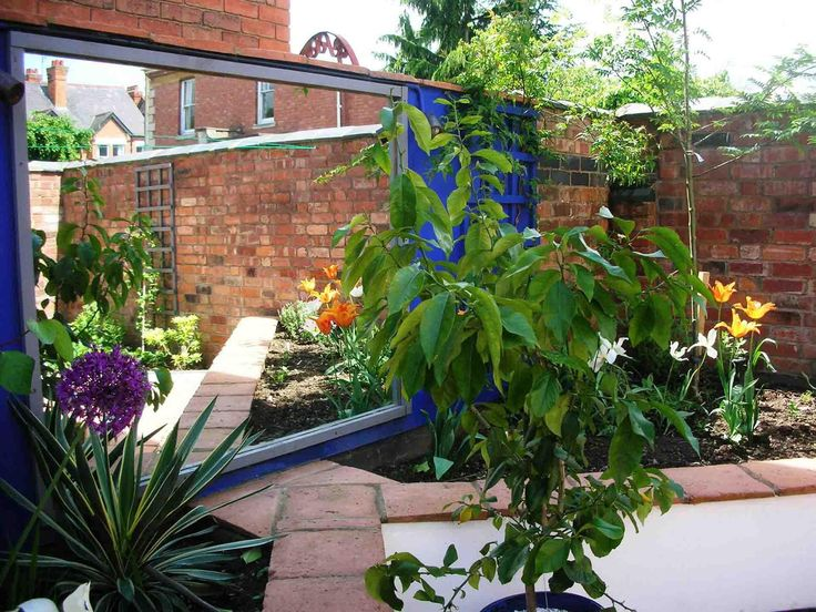 A Mediterranean Garden Design Beckyard Pinterest Gardens