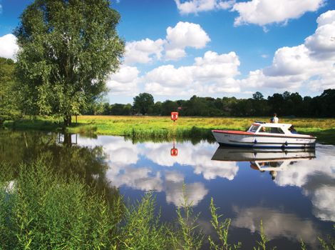 Cruiser near Coltishall in the Northern Norfolk Broads