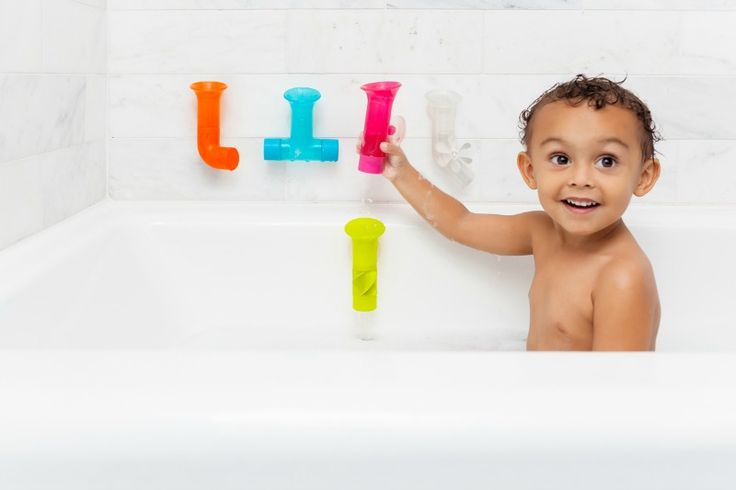 Leaky pipes are so much fun in the bath tub! Bath toys for babies and toddlers are delightfully cheery and engaging, like this set of 5 multi-coloured pipes.