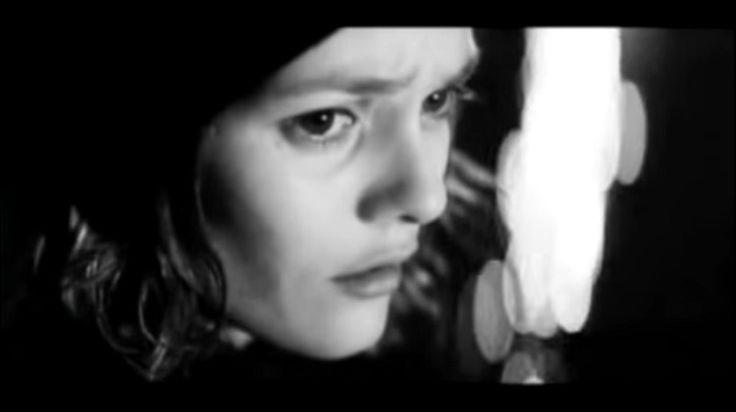 Vanessa Paradis  -  La fille sur le pont