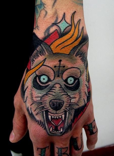 Jonathan montalvo wolf pack pinterest traditional for Wolf tattoo traditional