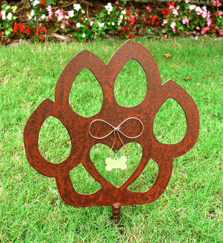 Cat Paw Metal Garden Stake